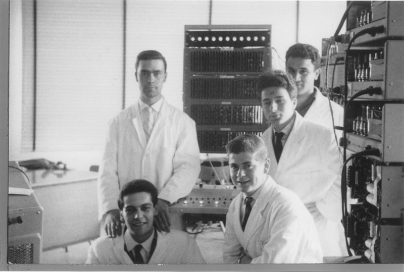 Image of Federico with 4 technicians in his team at Olivetti